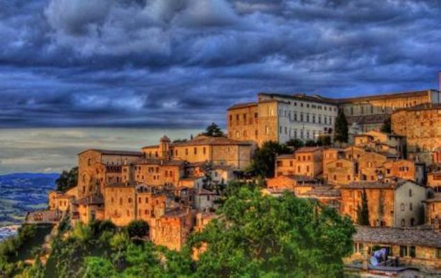 Panoramica Todi Umbria