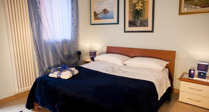 Appartamento Fiordaliso camera da letto