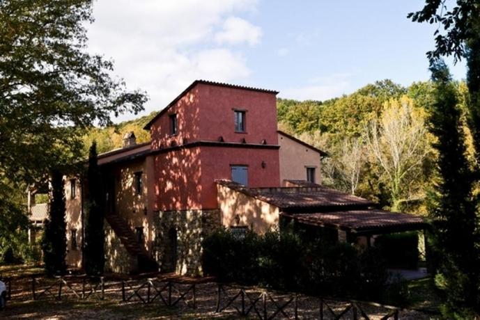 Casale Vacanza per famiglie in Umbria a Narni