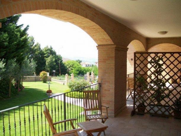 Appartamenti a Montefalco - balcone con vista