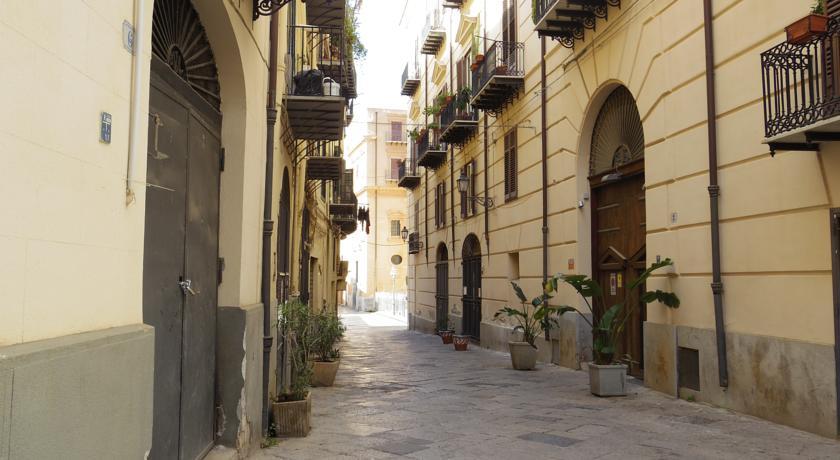 Camere con Bagno e Wifi Centro di Palermo