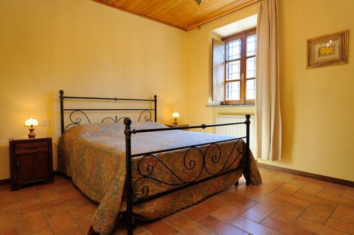 Camera Appartamenti Olivo, Glicine, Vigneto vicino al Trasimeno