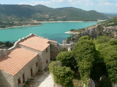 Lakeside holiday in Lazio region in Italy