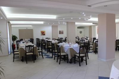 Ristorante interno piatti siciliani