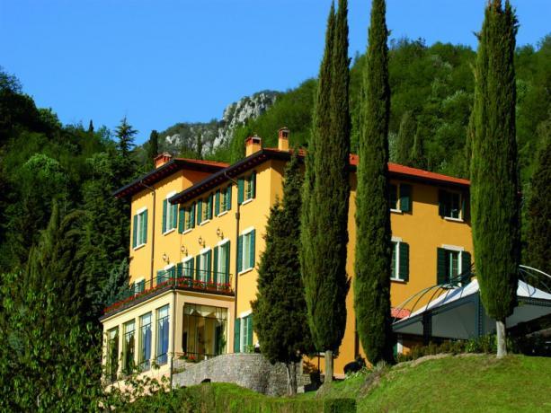 Villa con Suite vista Lago di Garda