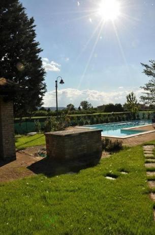 Piscina e giardino  villa privata 12 persone