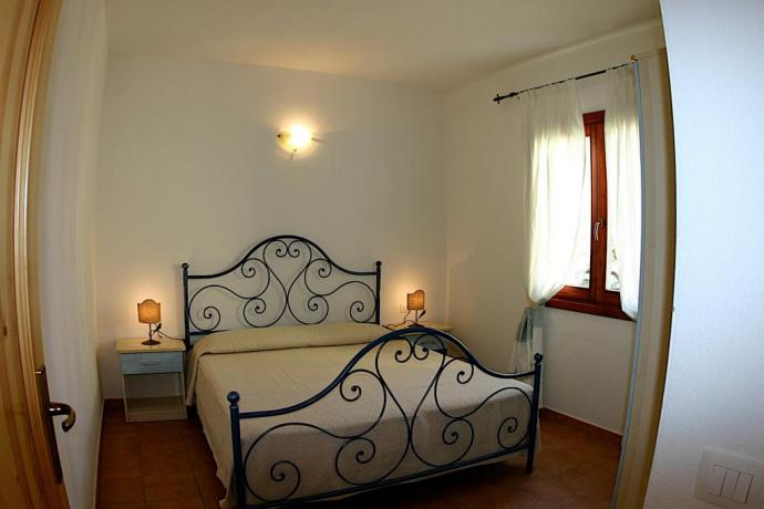 camera matrimoniale in mono hotel il poeta