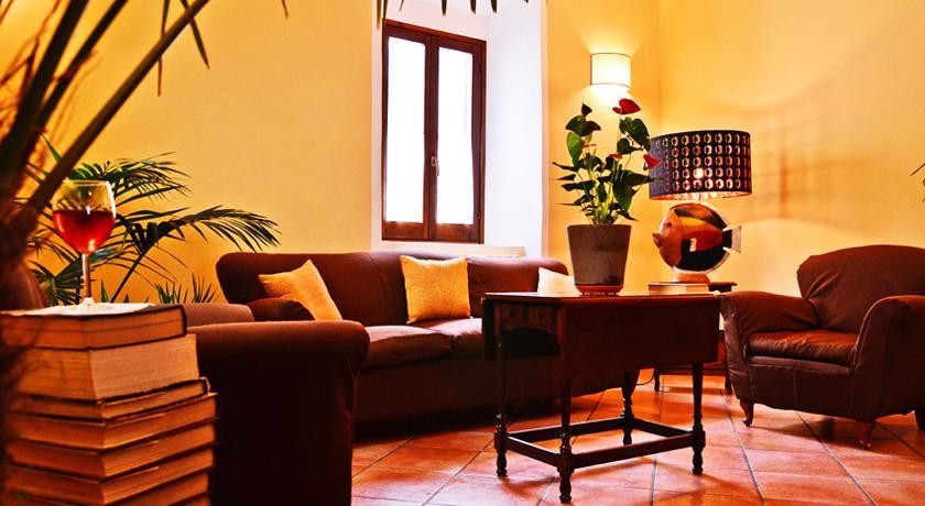 Saletta relax con divano in pelle