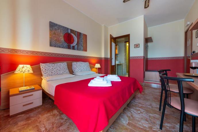 Appartamenti con ampio bagno in B&B a Lecce