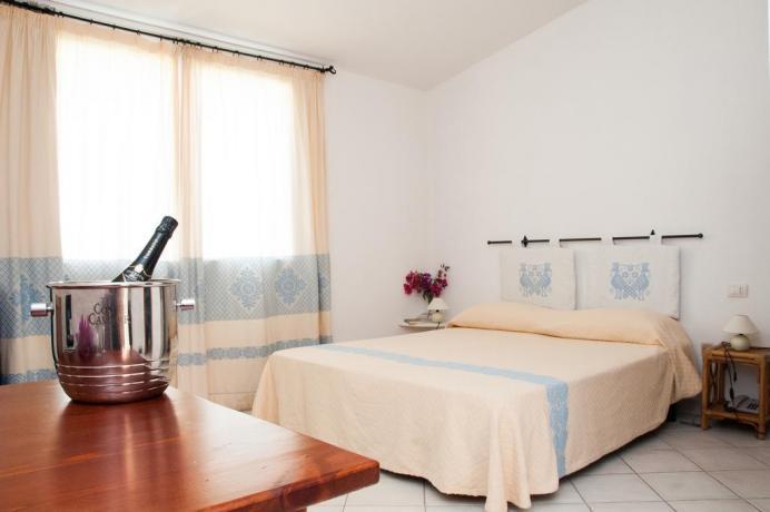 Camera con Cassaforte e Bagno privato doccia