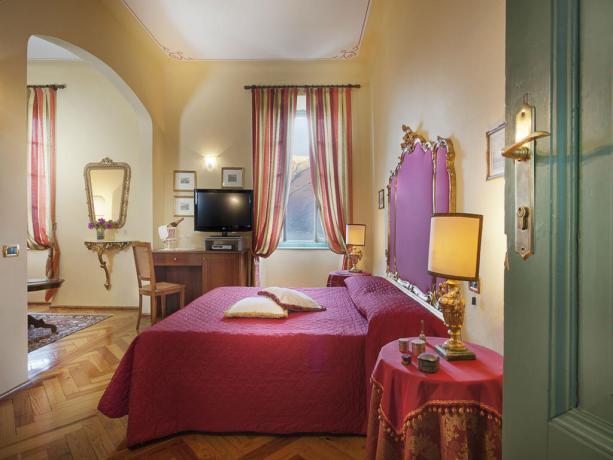 Suite romantiche vista lago di Garda