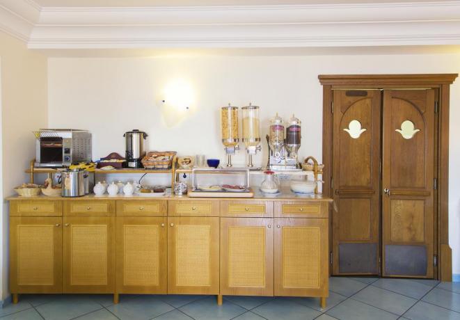 Romantica colazione in Hotel a Forio d'Ischia