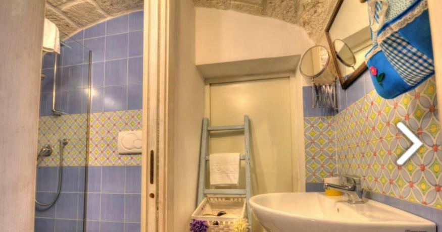 Appartamenti con bagno e box doccia B&B Polignano