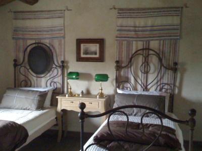 Camera Doppia con preziosi tessuti