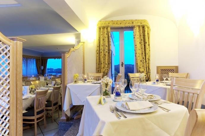Sala Ristorante Hotel a Ischia
