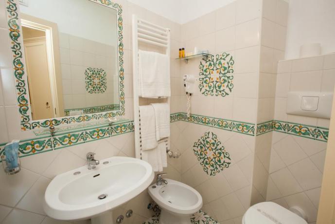 Bagno privato in camera Hotel a Ravello