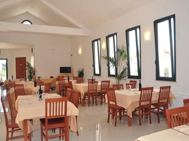 Villaggio con Ristorante Alimini, Salento