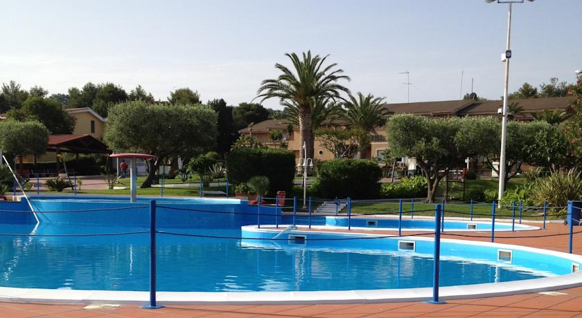 Villaggio vacanza con Piscina con Acquagym