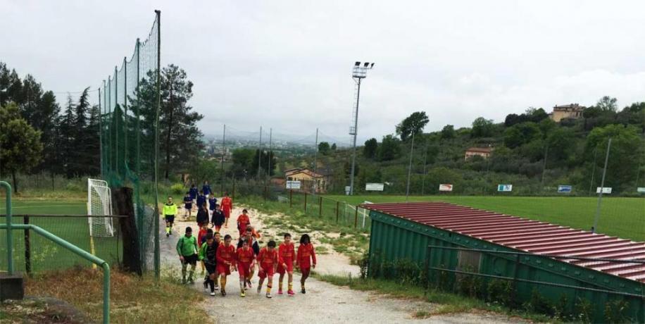 Impianto Ritiri sportivi campo calcio erba/sintetico