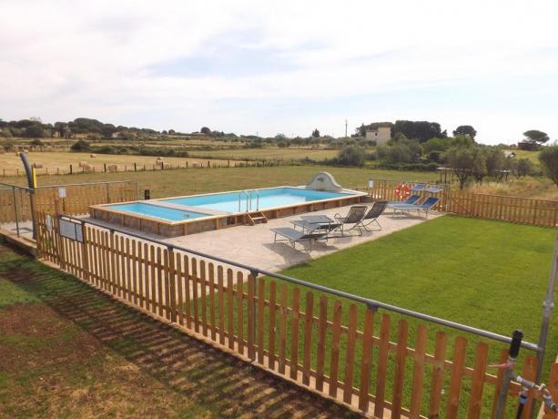 Appartamenti vacanza nella Campagna Romana con piscina