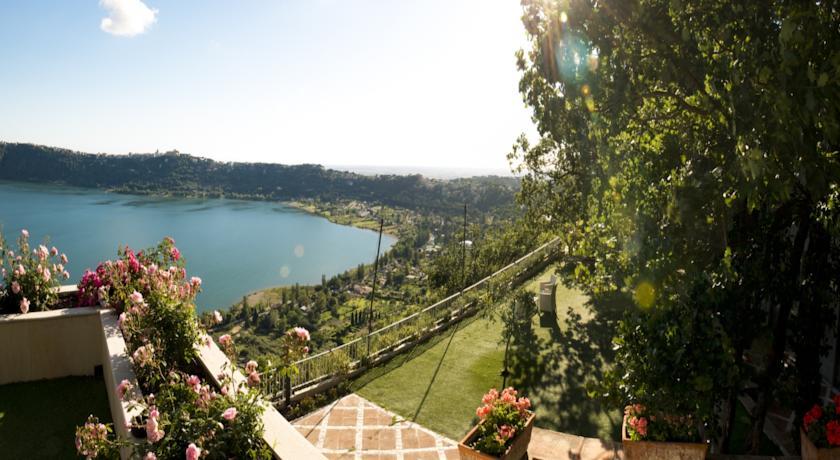 Vista Lago Castel Gandolfo