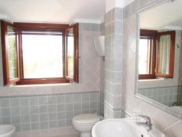 Bagno privato nella Camera con biancheria Inclusa