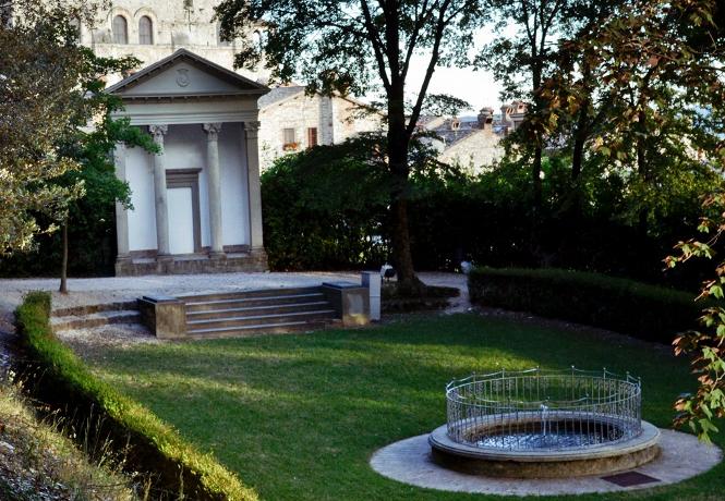 Hotel 4stelle vicino Parco Ranghiasci a Gubbio