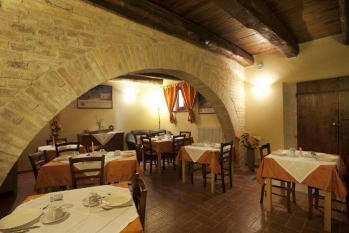 Romantico ristorante tra Montefalco e Spoleto