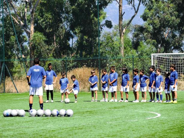 Scuola Calcio Nel Villaggio turistico ideale per Bambini