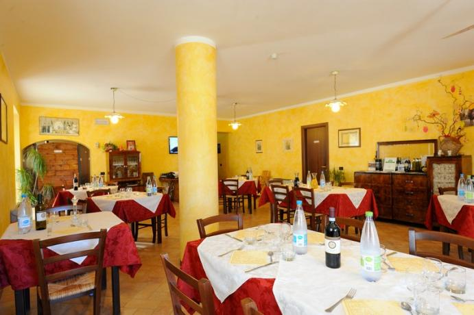 Sala Ristorante agriturismo vicino Spoleto