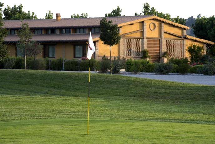 Resort in Umbria con campo da Golf