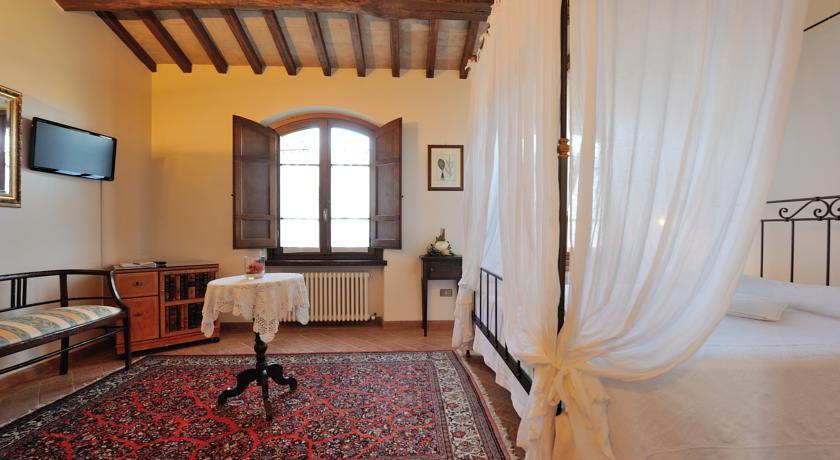 Romantiche suite con letto a baldacchino