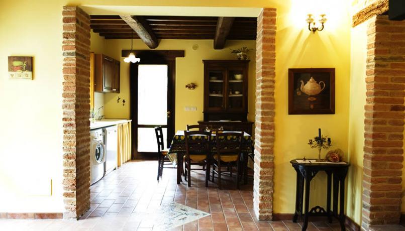 Cucina Cascina con angolo cottura vicino al Trasimeno