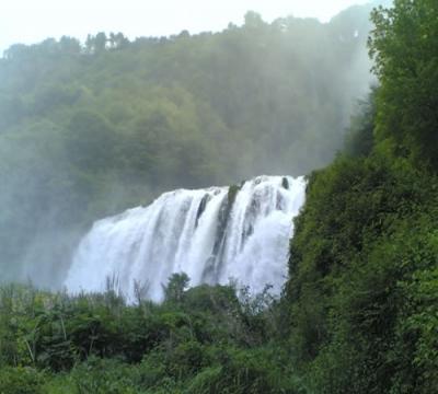 cascatadellemarmore-terni-natura