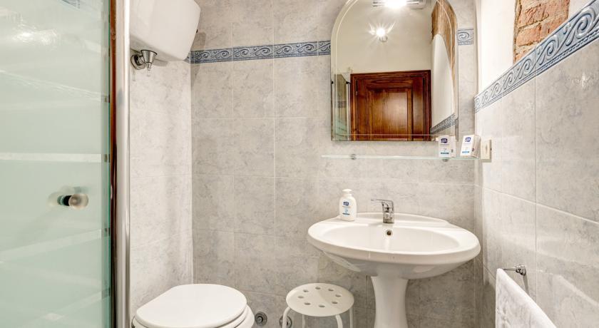 Bagno con Box doccia nell'appartamento in Agriturismo