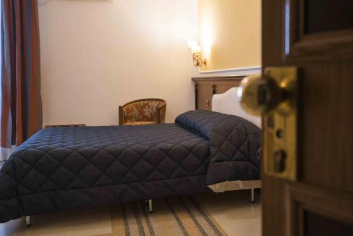 Hotel 4 stelle Salerno con camera matrimoniale