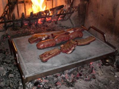 Produzione vendita barbecue in ferro a gas barbecue a - Cucinare con la pietra lavica ...