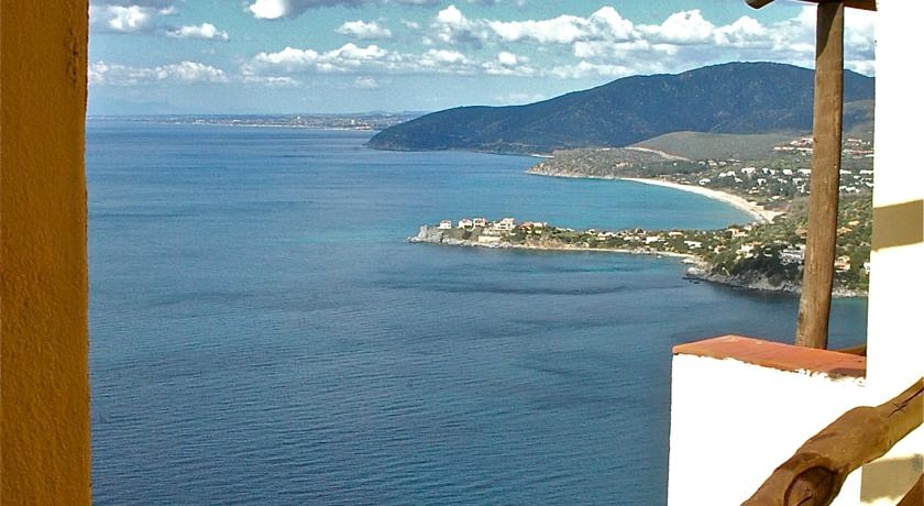 Vista panoramica sul Mar Mediterraneo