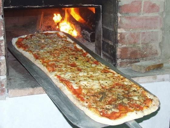 Pizzeria aperta solo in estate