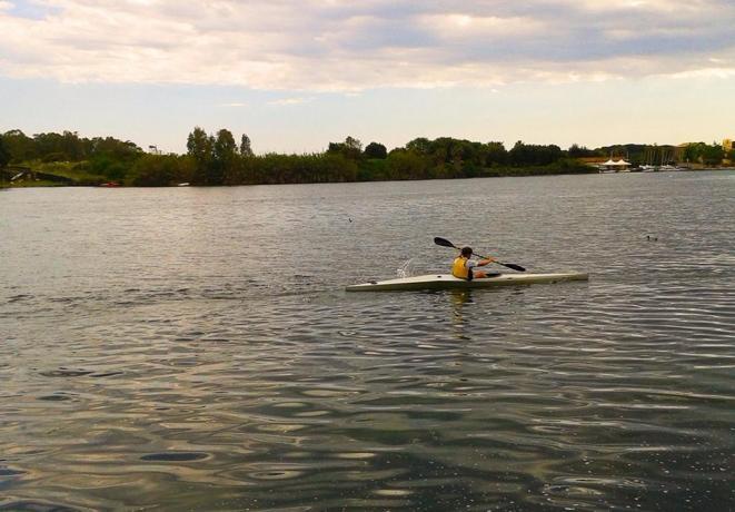 Albergo sul lago di Paola, ideale canoa, Vela