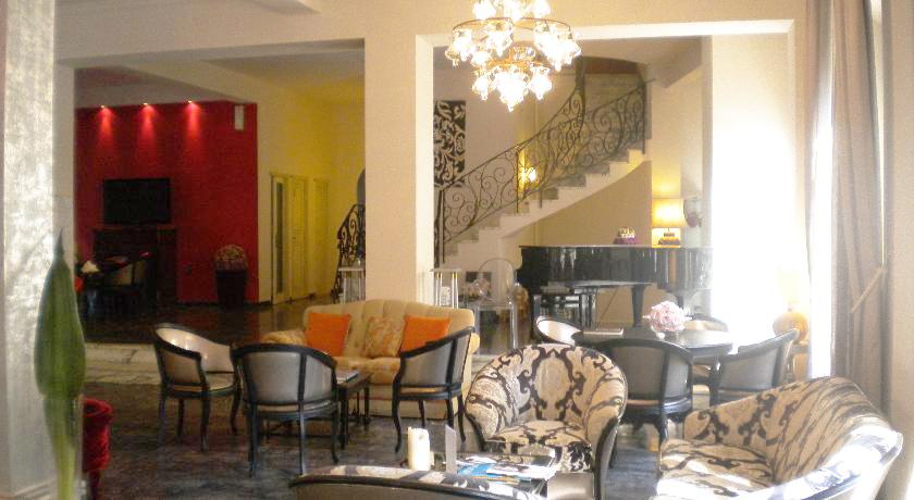 Hall Hotel attrezzato per convegni, congressi ed eventi