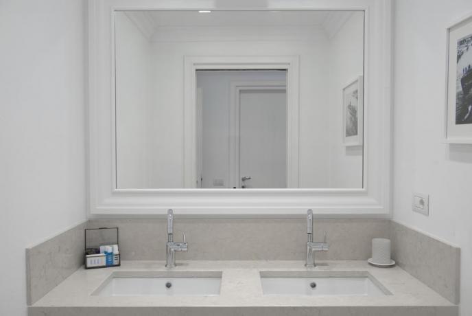 Bagno suite hotel vicino Albenga