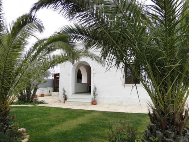 Appartamenti in B&B con ampio cortile in Puglia