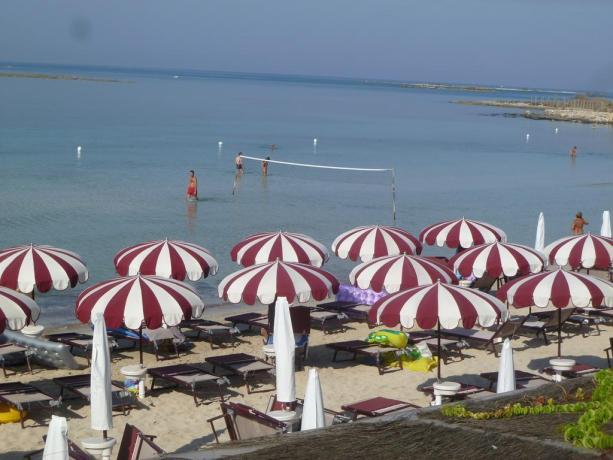 Resort con Spiaggia vicino al mare in Puglia
