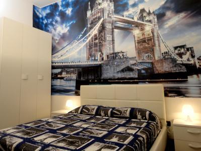 Camera Londra con armadio a 3 ante