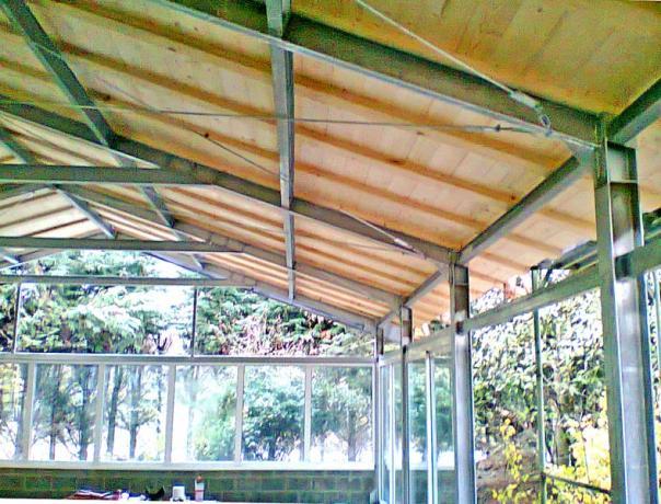 tettoie prefabbricate in acciaio e legno