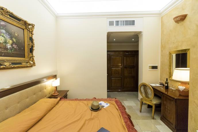 Camera con ogni comfort in hotel nel Salento
