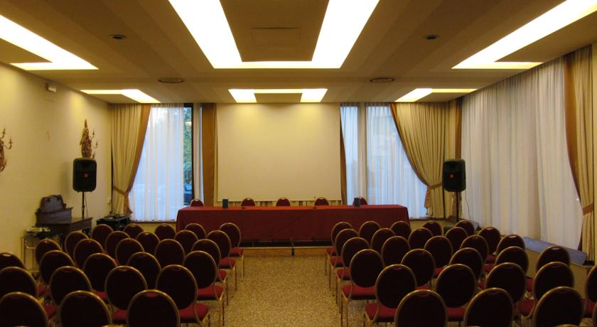 sala congressi hotel Monselice Padova Arcobaleno