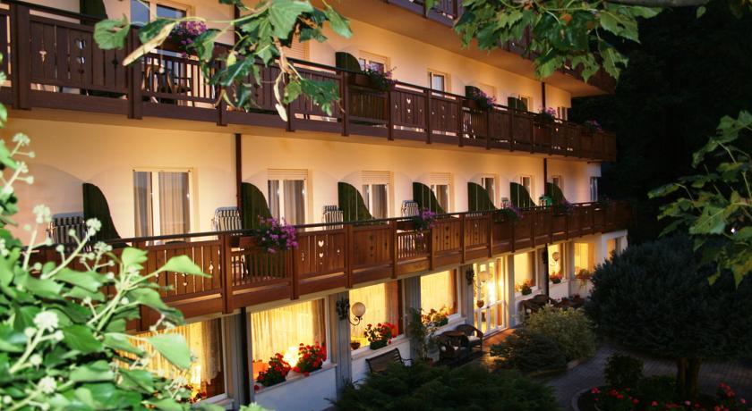 Terrazza Hotel Molveno Centro vista Lago Dolomiti