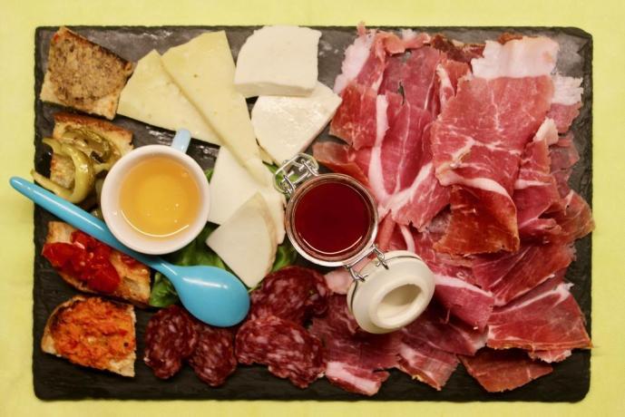 Antipasto in ristorantino interno albergo ad Avezzano